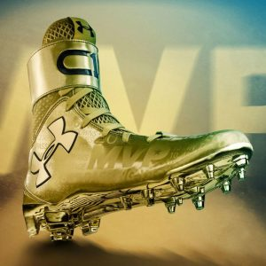 cam-newton-gold-cleats-1_o26olx