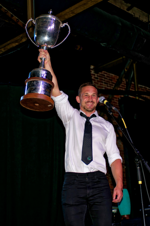 Melbourne captain Iain Abbott accepts Bingham Cup   Photo credit: Kevin Scott