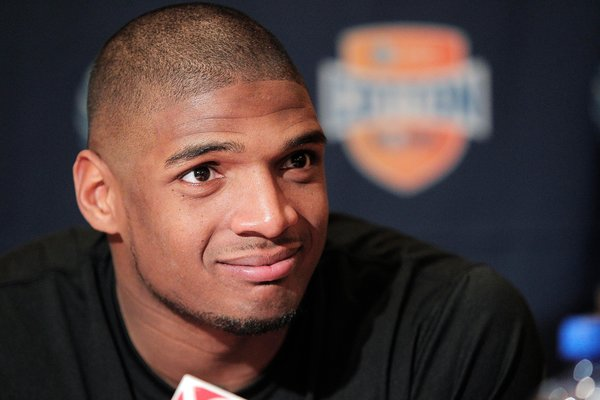Michael Sam gives stoic account of career thus far