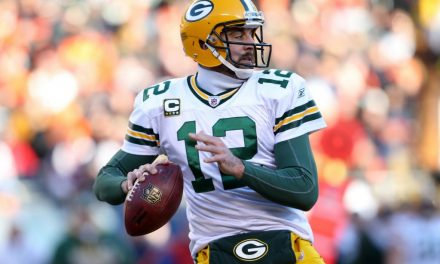 Packers QB Aaron Rodgers has calf muscle tear