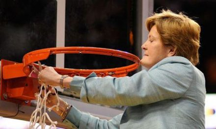 "Legendary basketball coach Pat Summitt is ""struggling"""