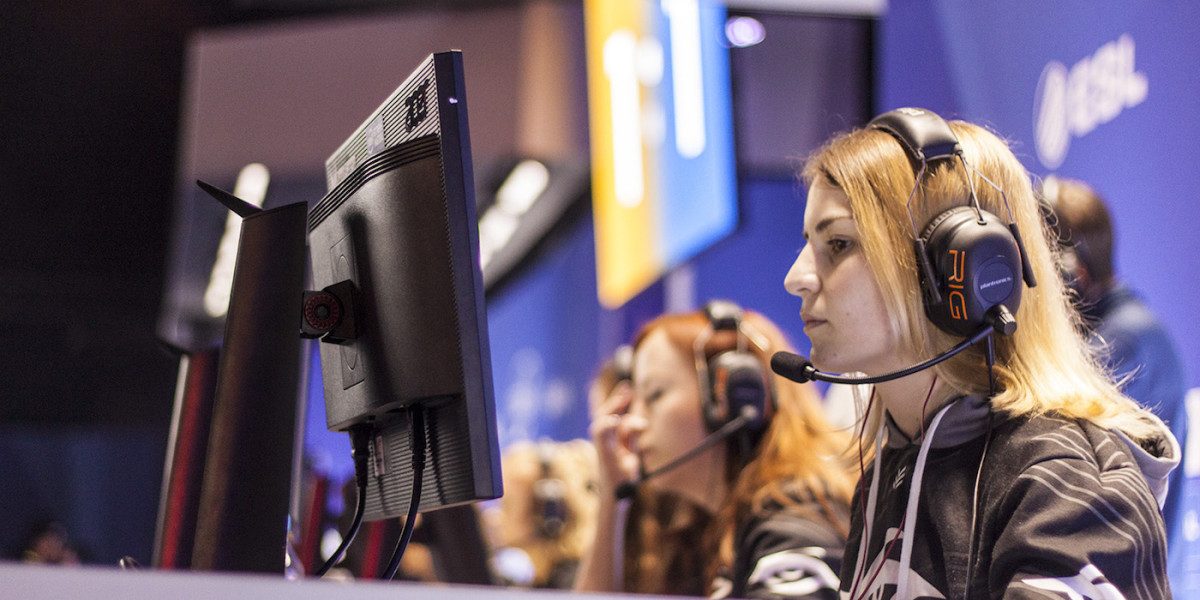 1,000 Dreams Fund (1DF) Launched BroadcastHER Competition to Promote and Support Women in eSports and the Gaming Industry