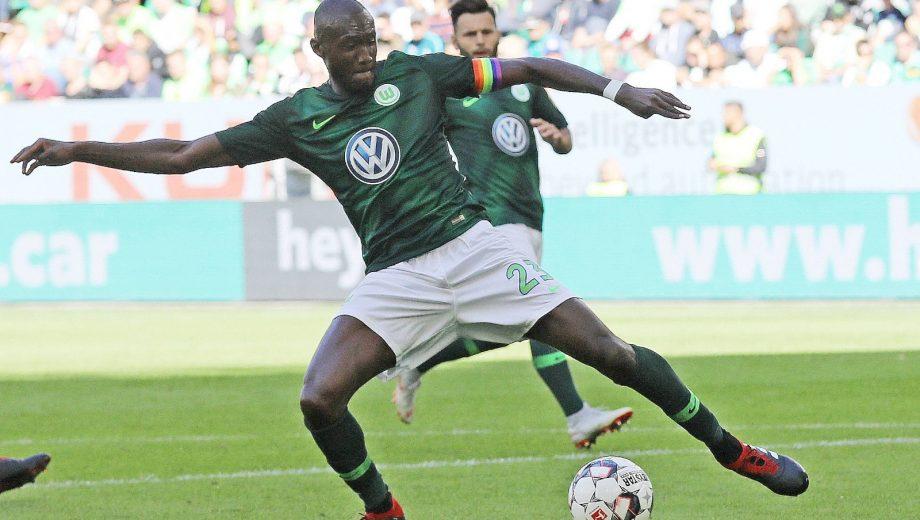 VFL Wolfsburg  Football Teams Launch Diversity Week and Wear Rainbow for the 2018-2019 Season